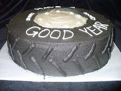The Sweet Spot: Good YEAR cake