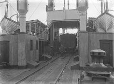 Helsingørs første skruefærge HELSINGBORG. Bygget 1902