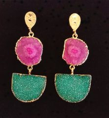 The stunning limited edition pendant earrings are made from semi-precious stones with gold plating. The earrings have a Pink/Purple Solar Quartz with Emerald Druzy Agate suspended below. Womens Fashion Online, Womens Fashion For Work, Sandwich Clothing, Opening A Boutique, Emerald Green Earrings, Metal Stars, Gold Plating, Pendant Earrings, Fashion Boutique