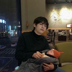 The Baby Project 2 : Woonie Bear (Taegi) Cute Asian Babies, Korean Babies, Asian Kids, Kim Taehyung Funny, V Taehyung, Daegu, Bts Photo, Foto Bts, Bts Boys
