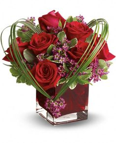 Order Teleflora's Sweet Thoughts Bouquet with Red Roses from Depot des Fleurs, your local Montreal florist. Send Teleflora's Sweet Thoughts Bouquet with Red Roses for fresh and fast flower delivery throughout Montreal, QC area. Red Rose Bouquet, Red Rose Flower, Red Roses, Rosen Arrangements, Rose Flower Arrangements, Flower Bouquets, Valentine Bouquet, Valentines Flowers, Romantic Flowers
