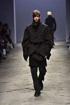 BMUET(TE) AW17 fashion show at Pitti Uomo Milan - Erebus