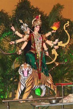 Navratri Puja, Durga Ji, Ambe Maa, Mata Rani, Durga Images, Golden Temple, Divine Mother, Leap Of Faith, Festival Decorations