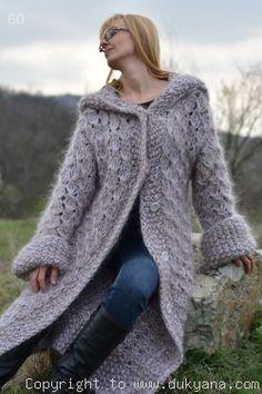 Mohair Sweater, Knitted Poncho, Wool Sweaters, Wool Dress, Knit Dress, Extreme Knitting, Mantel, Hand Knitting, Knitwear