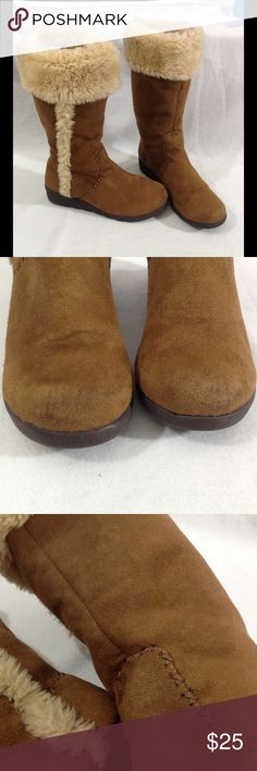 Gap brown boots faux fur lining brown stitching Textile upper. Wedge Heels. GAP Shoes Heeled Boots
