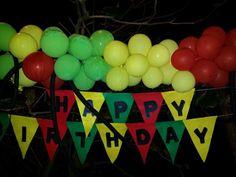 Banner & balloons Birthday Images, Birthday Ideas, Bob Marley Birthday, Rasta Party, Jamaican Party, 50th Party, 70th Birthday, Reggae, Office Ideas
