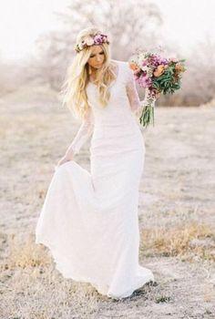 Mooie romantische Bohemian bruidsjurk van kant met sleep