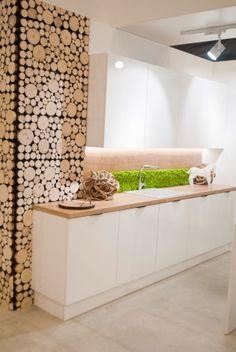 Bliżej natury – ściana z roślin w kuchni! JUKO
