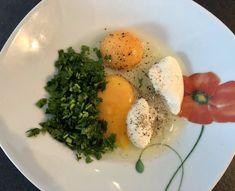 Schabowe inaczej czyli przepis na soczyste i kruche kotlety - Blog z apetytem My Favorite Food, Favorite Recipes, Cooking Recipes, Eggs, Dinner, Breakfast, Blog, Meat, Dining