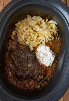 Crockpot Dishes, Crock Pot Cooking, Beef Dishes, Crockpot Meals, Pot Roast Recipes, Beef Recipes, Cooking Recipes, Dinner Recipes, Game Recipes