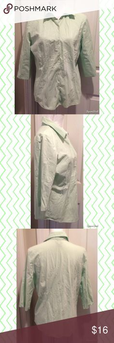 Green George Button Down Top Size: Large (12/14). 72% Cotton, 24% Polyester, 4% Spandex. George Tops Tees - Long Sleeve