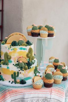 Taco Graduation Party - Taco and Cactus Cake and Cupcakes from Leslie Vigil at Tasteful Cakes Graduation Party Themes, Grad Parties, 2nd Birthday Parties, Graduation Cake, Graduation Decorations, Graduation Ideas, Fiesta Theme Party, Taco Party, Cactus Cake