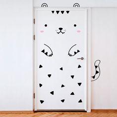 9 gulliga klistermärken som förvandlar dina dörrar till djur – Sköna hem