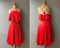1970s Red Crossback Dress #etsy #dress #red #vintagedress #70sdress #red70sdress #reddress #etsyvintagestore #vintageclothingaustralia Floral Maxi Dress, Dress Red, Vintage 70s, Etsy Vintage, Simple Dresses, Grey Stripes, No Frills, Scarlet, Vintage Dresses