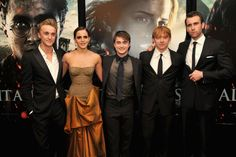 Tom Felton, Rupert Grint, Matthew Lewis, Daniel Radcliffe and Emma Watson at event of Harry Potter and the Deathly Hallows: Part 2 (2011)