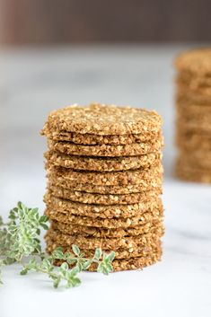 Herbed Sesame Sunflower Seed Crackers-Vegan, gluten-free, dairy-free crackers with a wholesome taste and tender texture. Good with hummus. Dairy Free Snacks, Gluten Free Crackers, Vegan Crackers, Vegan Snacks, Healthy Snacks, Savory Snacks, Sunflower Seed Recipes, Sunflower Seeds, Eyes