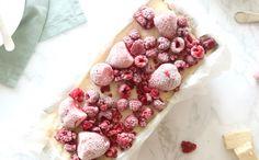 Semifreddo met rood fruit en nougat – SINNER SUNDAY