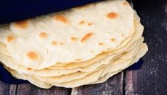 This homemade soft flatbread recipe is super easy to make and is perfect for sandwiches, gyros or even mini pizzas. Easy soft flatbread you will love! Quick Bread Recipes, Bread Machine Recipes, Cooking Recipes, Easy Bread, Soft Flatbread Recipe, Flatbread Recipes, Homemade Tortillas, Homemade Breads, Easy Snacks