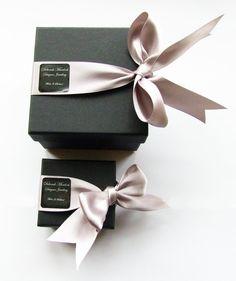 (A través de CASA REINAL) >>>>  Deborah Murdoch Jewellery Packaging