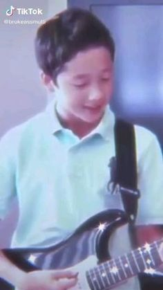 Stray Kids Chan, Stray Kids Seungmin, Felix Stray Kids, Savage Kids, Chris Chan, Kids Icon, K Pop Music, Kid Memes, Crazy Kids