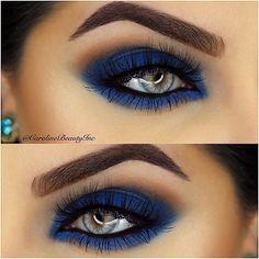 Matte navy blue smokey eye
