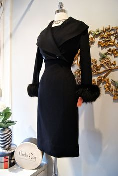 Vintage Wiggle Dress with Matching Jacket Faux Fur - Sexy power dress