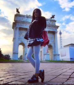 #GiorgiaPalmas Giorgia Palmas: ...ed ora caffè e viaaaa ad allenarci!!  Buona giornata bella gente!! #goodmorning #me #giorgiapalmas #shoes @lottosport #black #fakefur #zaino @miabag #milano