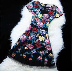 Slim embroidered short-sleeved dress SF112609JL