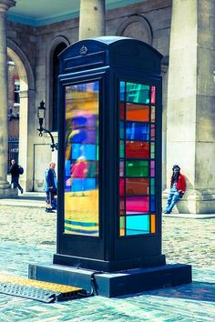 1000 images about unusual phone booths on pinterest phones telephone boot - Etagere cabine telephonique ...
