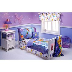 I like the two tone purple idea for Caitlyn's bedroom.