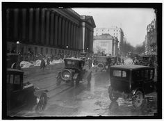 "1913-1918. ""Street scene, Washington, D.C."" Harris & Ewing Collection, Library of Congress."