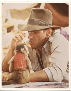 Raiders of the Lost Ark - Publicity still of Harrison Ford. The image measures 1260 * 1599 pixels and was added on 8 August Sci Fi Books, Sci Fi Movies, Harrison Ford Indiana Jones, 1980s Films, Top Film, Film Genres, Classic Image, Walt Disney Company, Film Stills