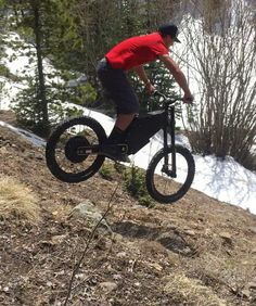 Instagram picutre by @jackfield1: Bombing hills somewhere in the Colorado Rockies on the @stealth_bikes_usa B-52 Bomber! #Flairriders #Jackfield #stealthelectricbikes #b52 #bomber #stealth #ebike #mountainbike #downhill #motorycle #colorado #rockies #snow #travel #adventure - Shop E-Bikes at ElectricBikeCity.com (Use coupon PINTEREST for 10% off!)