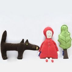 Little red riding hood set - love the tree