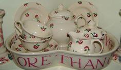 Emma Bridgewater Love & Kisses baker containing a Tiny Rose dollies tea set