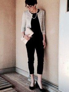 クール系ママにおすすめのツイードジャケットx黒パンツコーデ☆ 入園式におすすめのコーデやファッションスタイルのアイデア。