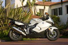 bmw k 1300 s 2009-an uber quick mile muncher!