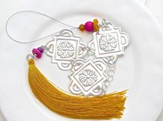 Embossed Tin with Saffron Tassel Moroccan Design by FoilingStar