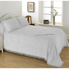 Diana-Cowpe-Geneva-Candlewick-Bedspread.jpg (572×572)