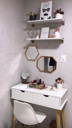 Home Room Design, Home Office Design, Home Office Decor, Home Decor, Bedroom Layouts, Room Ideas Bedroom, Bedroom Decor, Vanity Room, Pretty Bedroom