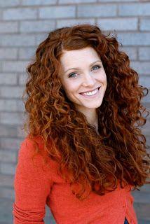 Biblical Homemaking: Styling Curly Hair   amazing hair!