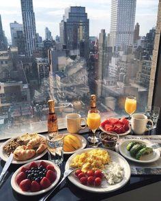 Food And Drink Breakfast - Recipes Tumblr Food, Yummy Food, Tasty, Breakfast In Bed, Tumblr Breakfast, Morning Breakfast, Aesthetic Food, Foodie Travel, Love Food