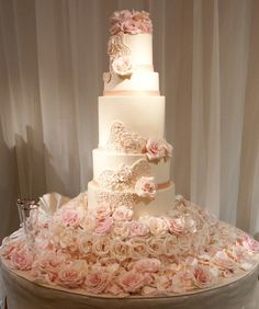 Unbelievably Romantic Rose Wedding Cakes --- I would replace the roses with sunflowers and another complementary flower/plant Wedding Cake Roses, Amazing Wedding Cakes, Unique Wedding Cakes, Wedding Cake Designs, Wedding Flowers, Wedding Cupcakes, Handmade Wedding, Purple Wedding, Amazing Cakes