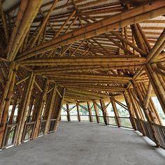 Bienal de bambu. China. Projeto do arquiteto Geqian Tao. #architecture #arquitetura #arte #artes #arts #art #artlover #design #architecturelover #instagood #instacool #instadaily #design #projetocompartilhar #davidguerra #arquiteturadavidguerra #shareproject #bambu #leveza #bamboo #lightness #bambooarchitecture #bamboodesign #china