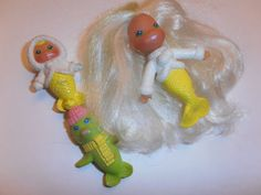 Sea Wees 1983 Forgot about these until I saw this picture. LOVED these things! My kid would love it now! Baby Pearls, Sea Lions, Baby Mermaid, Bath Toys, First Baby, Easter Baskets, Vintage Toys, Childhood Memories, Growing Up