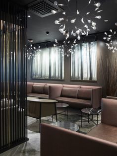 Business Class Lounge at Oslo Airport Gardermoen, designed by Metropolis arkitektur & design. Photo: Ragnar Hartvig. www.metropolis.no
