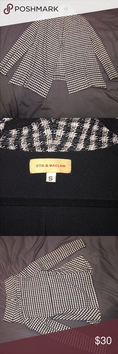 Very nice jacket. Great Condition! Houndstooth printed jacket. Flattering on. It is a flowing type of jacket. Would look great with leggings and heels! Otis & Maclain Jackets & Coats