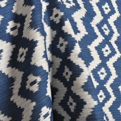 Ralph Lauren Colonsay Ikat Indigo Fabric Ikat Fabric, Fabric Sofa, Fabric Decor, Fabric Design, Textures Patterns, Fabric Patterns, Blue And White Living Room, Ikat Pattern, Textiles