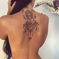 #tattoos #tattoo #model #woman #beautiful #sexy #hot #necktattoo #backtattoo