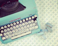 The way i <3 typewriters though...